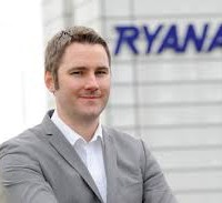 Two fingers to social media from defiant Ryanair