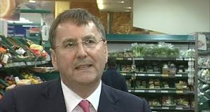 More strife at Tesco leaves CEO Clarke out on his own