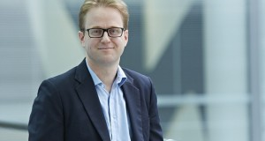 Maxus CEO Baughan leads calls for equal gender pay