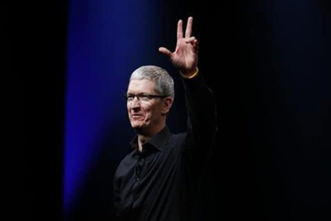 tim-cook-reuters-l