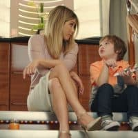 Aniston discovers delights of economy for Emirates